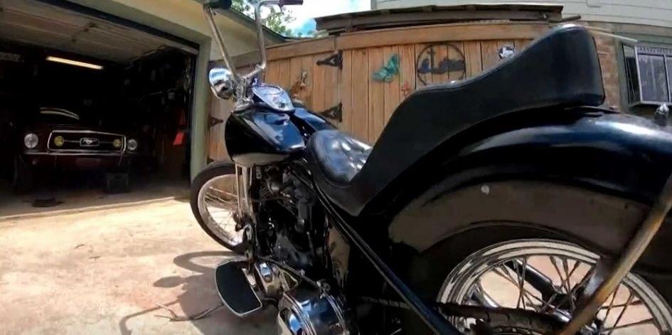 Украденный мотоцикл отыскали почти через полвека