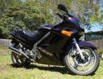 Мотоцикл ZZR 250 2002: Эксплуатация, руководство, цены, стоимость и расход топлива