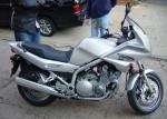 Мотоцикл XJ 900 S Diversion 2003: Эксплуатация, руководство, цены, стоимость и расход топлива
