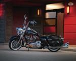 Мотоцикл FLHRC Road King Classic (2011): Эксплуатация, руководство, цены, стоимость и расход топлива