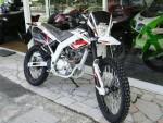 Мотоцикл STF 125 (2010): Эксплуатация, руководство, цены, стоимость и расход топлива